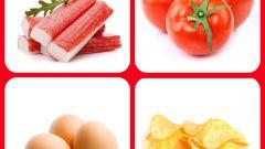 Как приготовить салат с чипсами и крабовыми палочками