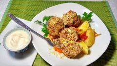 Как приготовить мясные тефтели в овощном соусе