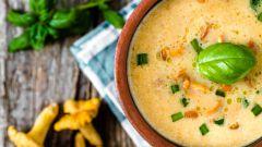 Как приготовить суп с лисичками и сыром