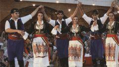 Греческие танцы: сиртаки, хасапико, зейбекико