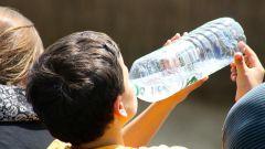 Как приучить ребенка пить больше чистой воды
