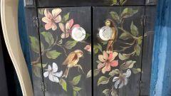 Чем покрасить мебель и декорировать предметы интерьера своими руками
