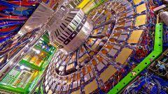 Жизнь человечества на волоске: к чему приведет работа Большого адронного коллайдера