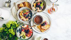 Как правильно завтракать, чтобы не толстеть?