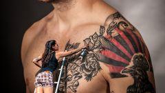 Первая татуировка — бить или не бить?