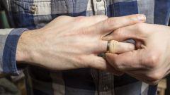 Как в домашних условиях снять кольцо