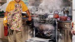 Жена в офисе, муж на кухне: катастрофа или реальность