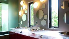 Как подобрать зеркало для ванной в зависимости от стиля интерьера