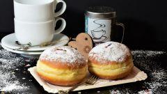 Как приготовить классические пончики «Берлинеры»
