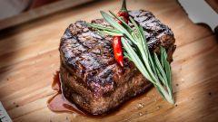 Стейк из говядины: степени прожарки и особенности