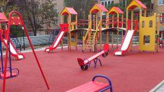 Покрытие детских площадок: ГОСТ, обзор, виды, цены