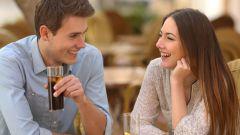 7 верных признаков, что вы нравитесь мужчине