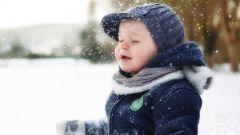 Как одеть ребенка на прогулку, чтобы не простыл