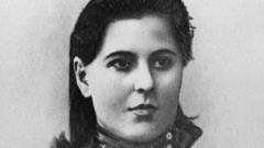 Сванидзе Екатерина Семёновна: биография, карьера, личная жизнь
