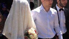 Жена Хабиба Нурмагомедова: фото
