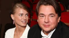 Эрнст с женой: фото