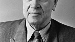 Кондрат Крапива: биография, творчество, карьера, личная жизнь