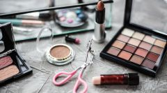 Брендовая косметика: как отличить оригинал от подделки?