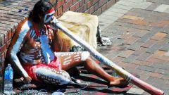 Австралийский музыкальный инструмент диджериду: что это такое и как на нем играть?