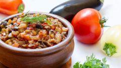 Как приготовить баклажанную икру с добавлением кабачка
