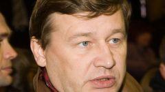 Как и сколько зарабатывает Олег Фомин