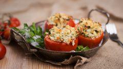 Фаршированные помидоры. 5 необычных рецептов
