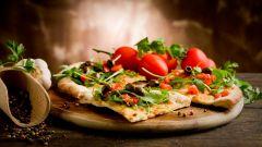 Как приготовить ПП-пиццу из овсяных хлопьев и цельнозерновой муки