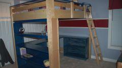 Плюсы и минусы кроватей-чердаков