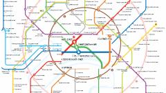 Как перейти со станции метро Театральная на станцию Площадь Революции