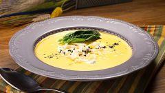 Как приготовить суп «Солнечный» с сыром и различными добавками