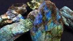 Камень лабрадор: происхождение, распространение и свойства