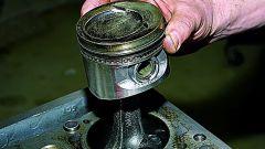 Как достать поршневую двигателя - замена поршневой