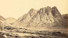 Загадки планеты: стонущие горы и поющие пески