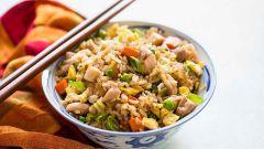 Как приготовить жареный рис на сковороде