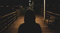 Что такое деперсонализация: симптомы, причины, лечение