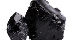 Черный обсидиан: лечебные и магические свойства вулканического стекла