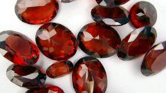 Камень гиацинт: магические и лечебные свойства