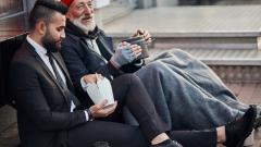 Чем поведение бедного человека отличается от богатого?