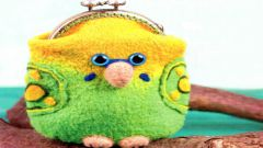 Как свалять кошелек в виде попугая