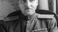 Константин Симонов: краткая биография