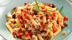 Как приготовить макароны-трубочки с белой фасолью и сладким перцем
