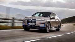 Технологичный флагман BMW: что известно о кроссовере iX