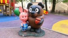 Где находится двор любимых мультфильмов в Санкт-Петербурге и каких героев там можно увидеть