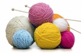 Вязание - это интересный способ одеть семью