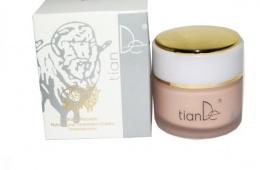 Плацентарный тональный крем для лица Tian De подойдет для любой кожи
