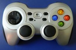 Gamepad F710 - новинка от Logitech