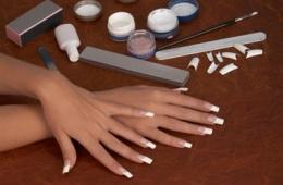 Очень красиво, но не стоит здоровья собственных ногтей