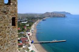 Судак - уютный городок на южном побережье Крыма
