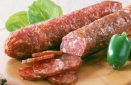 Вкусная колбаса,  в отличие от продукции многих производителей