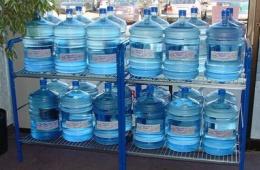Питьевая чистая вода в бутылях для офиса
